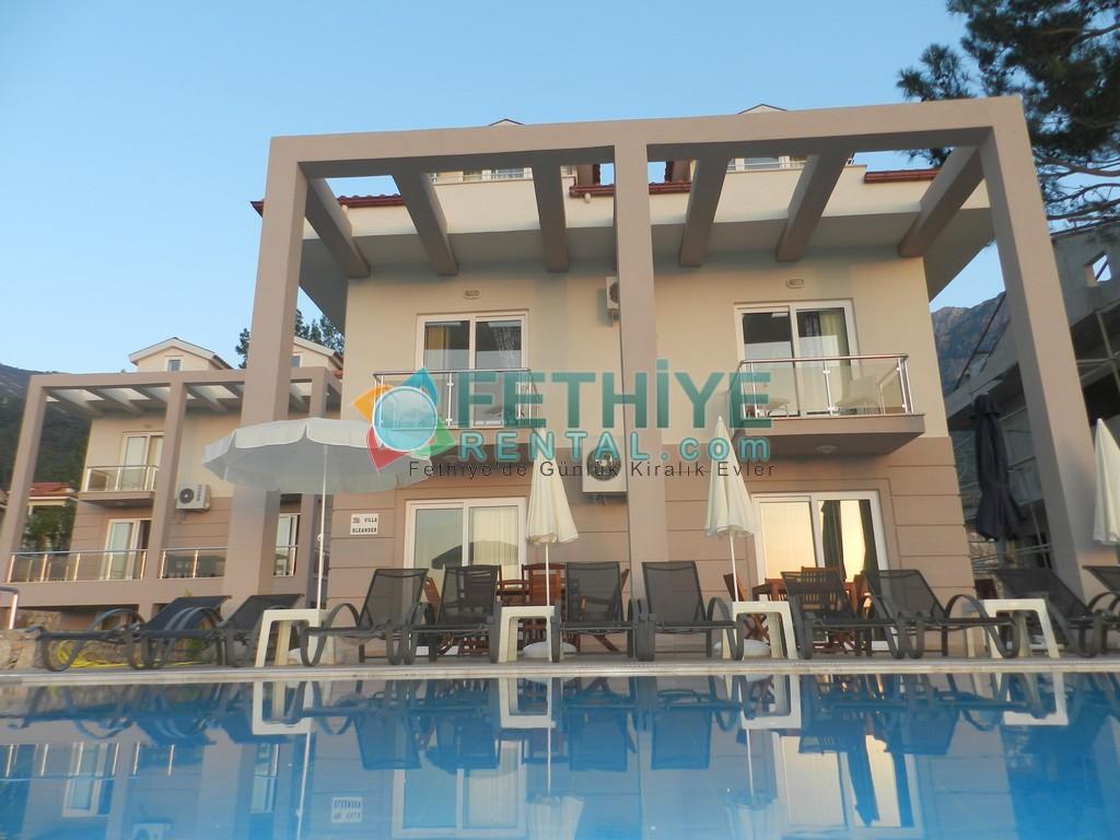 Kiralık Yazlık Mustakil Villa