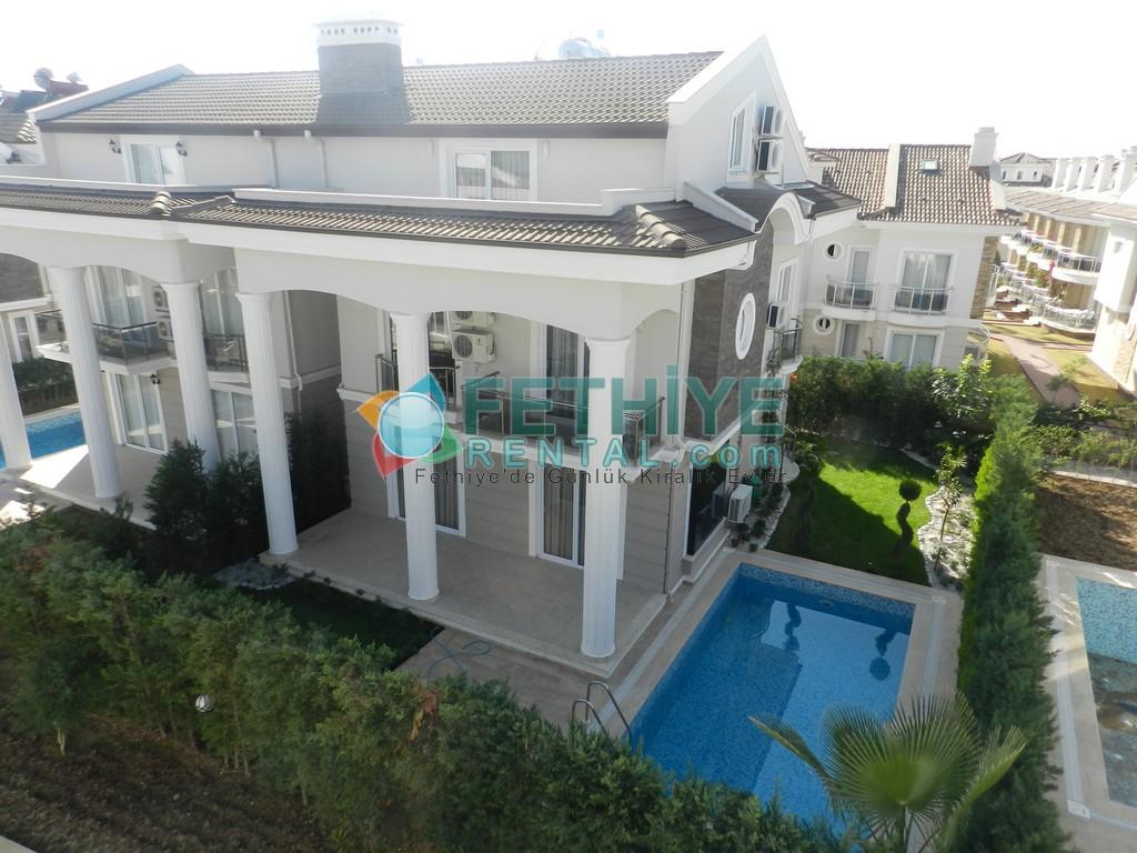 Müstakil Havuzlu Kiralık Villa Fethiye