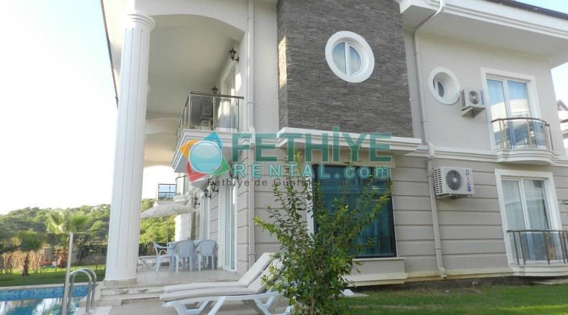 Müstakil Havuzlu Kiralık Villa Fethiye 15