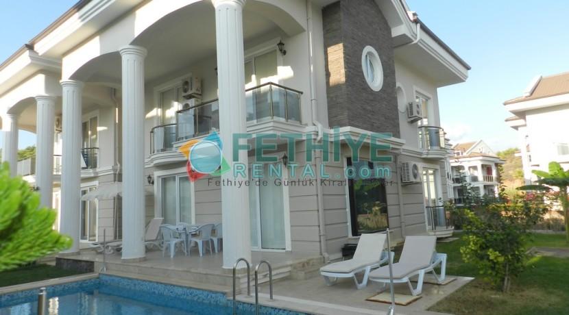 Müstakil Havuzlu Kiralık Villa Fethiye 16