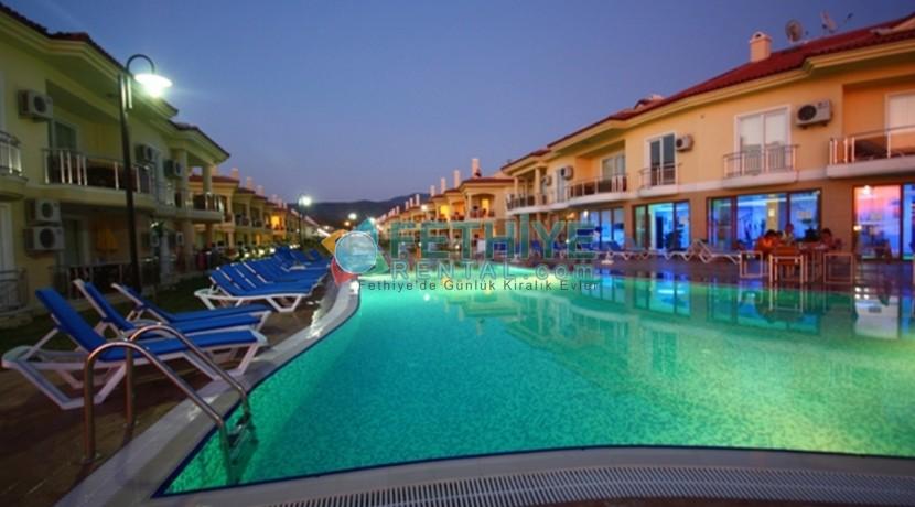 Fethiye denize sıfır kiralık tatil evi 12