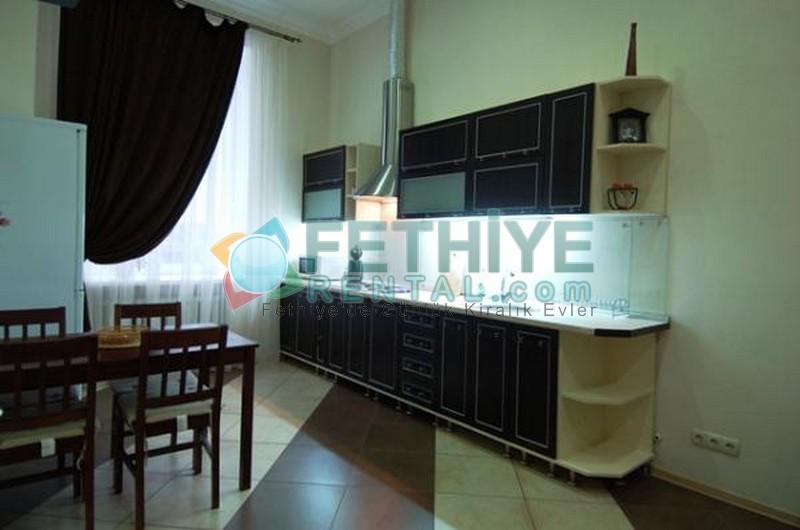 Kiev ukrayna kiralık 1 yatak odalı ucuz daire