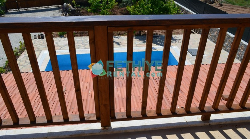 Korunaklı Havuzlu Yazlık Villa 20