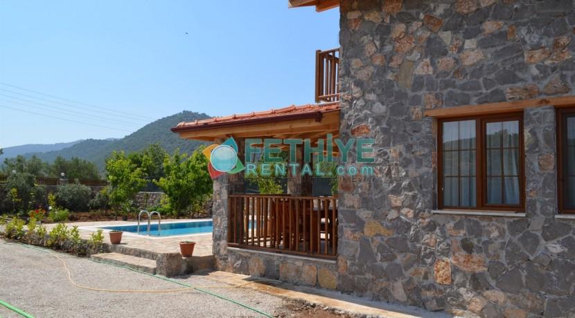 Korunaklı Havuzlu Yazlık Villa 23