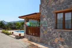 Korunaklı Havuzlu Yazlık Villa 24