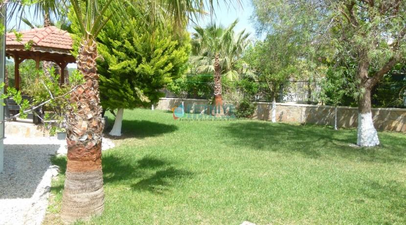 Kiralık Müstakil Havuzlu Villa