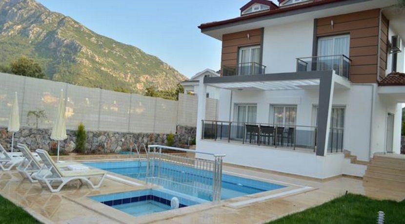 Havuzu Görünmeyen Müstakil Havuzlu Villa 05