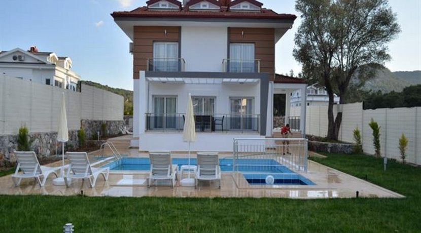 Havuzu Görünmeyen Müstakil Havuzlu Villa 10