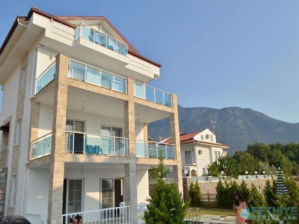 Toker Villa